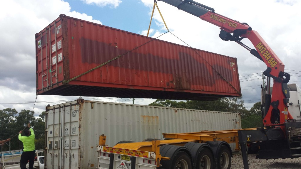 container lifting service hire sydney