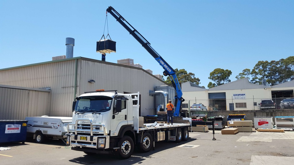 heavy loads lifting cranes hire sydney