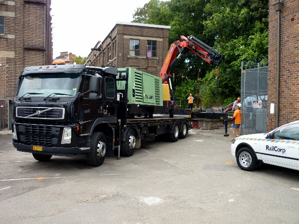 Trucks With Crane Lifting Services